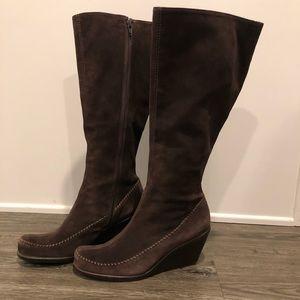 Aerosoles Brown Knee High Suede Boots w/Stitching